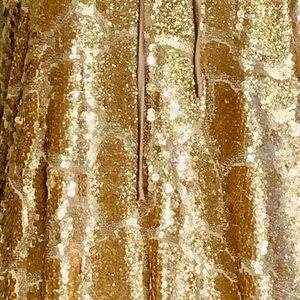 d28103d1cdf9 Gianni Bini Dresses - Gianni Bini $129 NWT Gold Sequin Party Dress Large